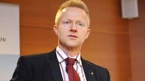 Stefan Fölster digitalisering i vården